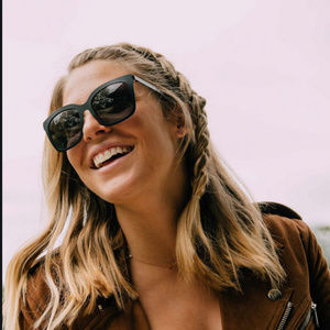 DIFF: Ella Lauren Akins Black Sunglasses
